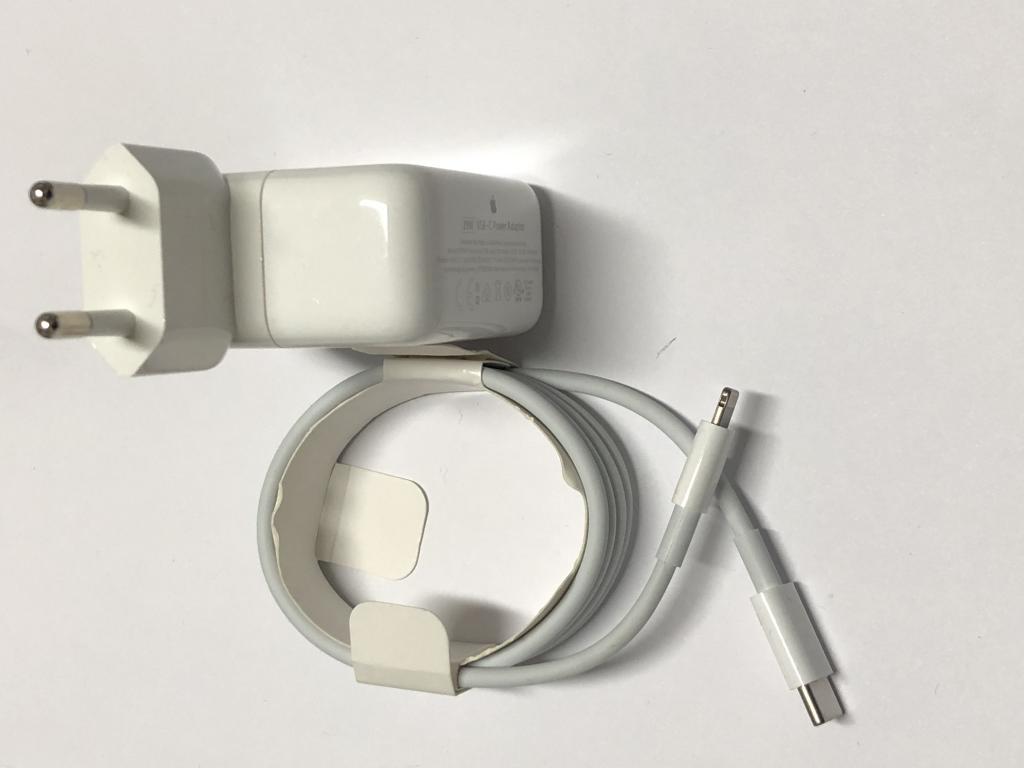 Cavi e alimentatori iPhone / iPad
